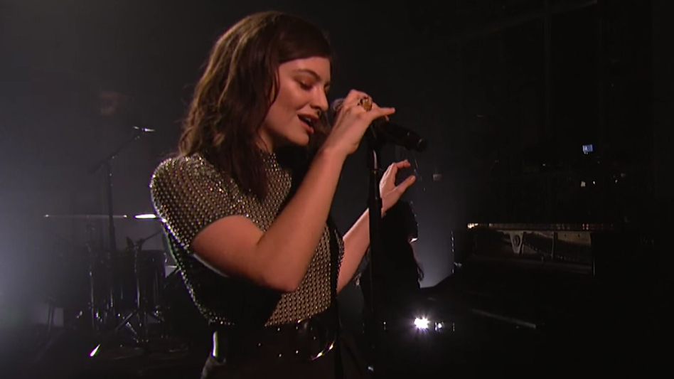"""Lorde performs """"Green Light"""" on Saturday Night Live on March 12."""