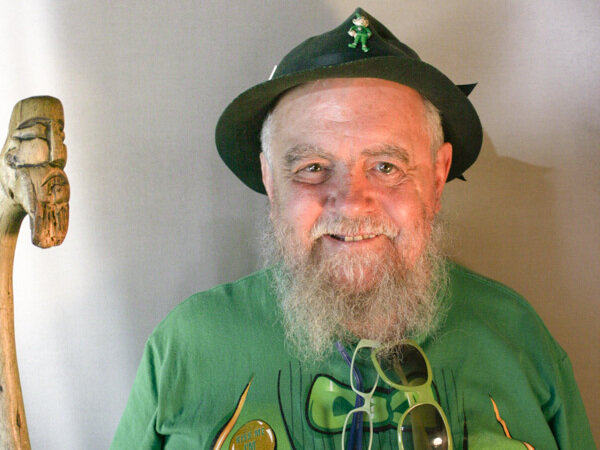 Pity, midget mistaken for leprechan agree, amusing