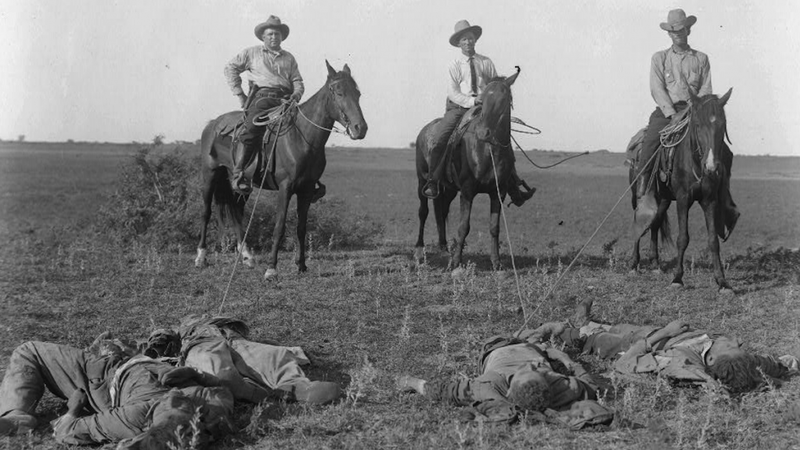 Texas Rangers mounted on horses in 1915.