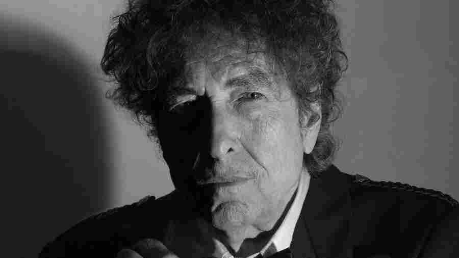 First Listen: Bob Dylan, 'Triplicate'