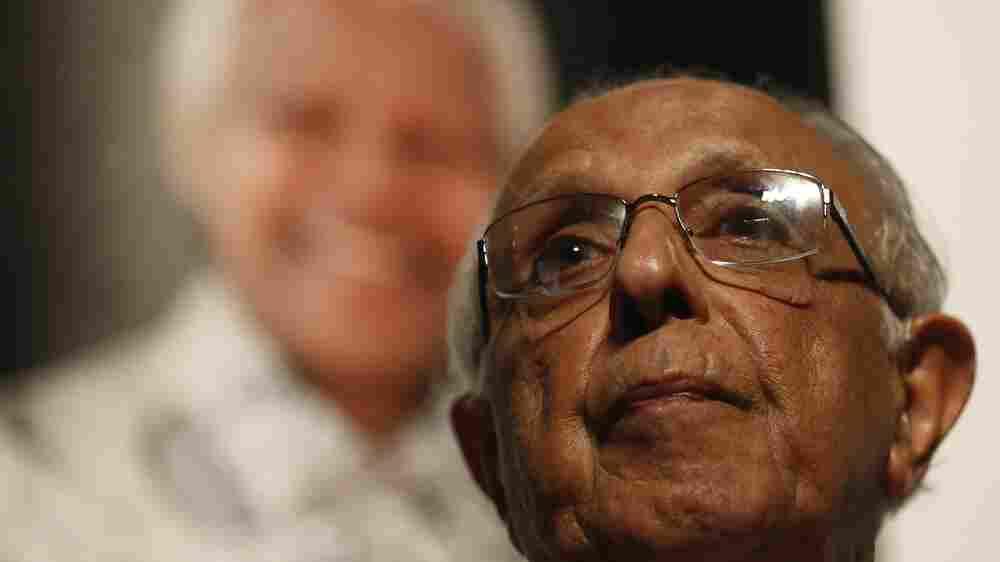 Anti-Apartheid Activist Ahmed Kathrada Dies At 87