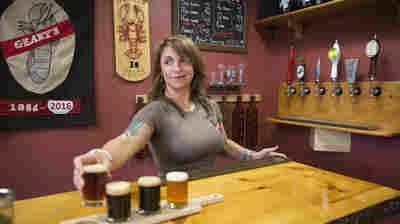 U.S. Breweries Top 5,300 As Craft Beer Makers Ride Double-Digit Gains