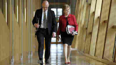 Scottish Parliament Backs Bid For New Independence Vote