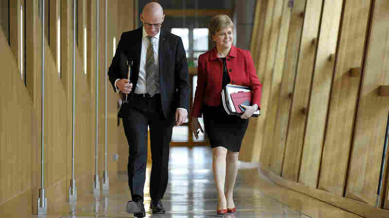 Scottish Parliament Backs Bid For New Independence Vote