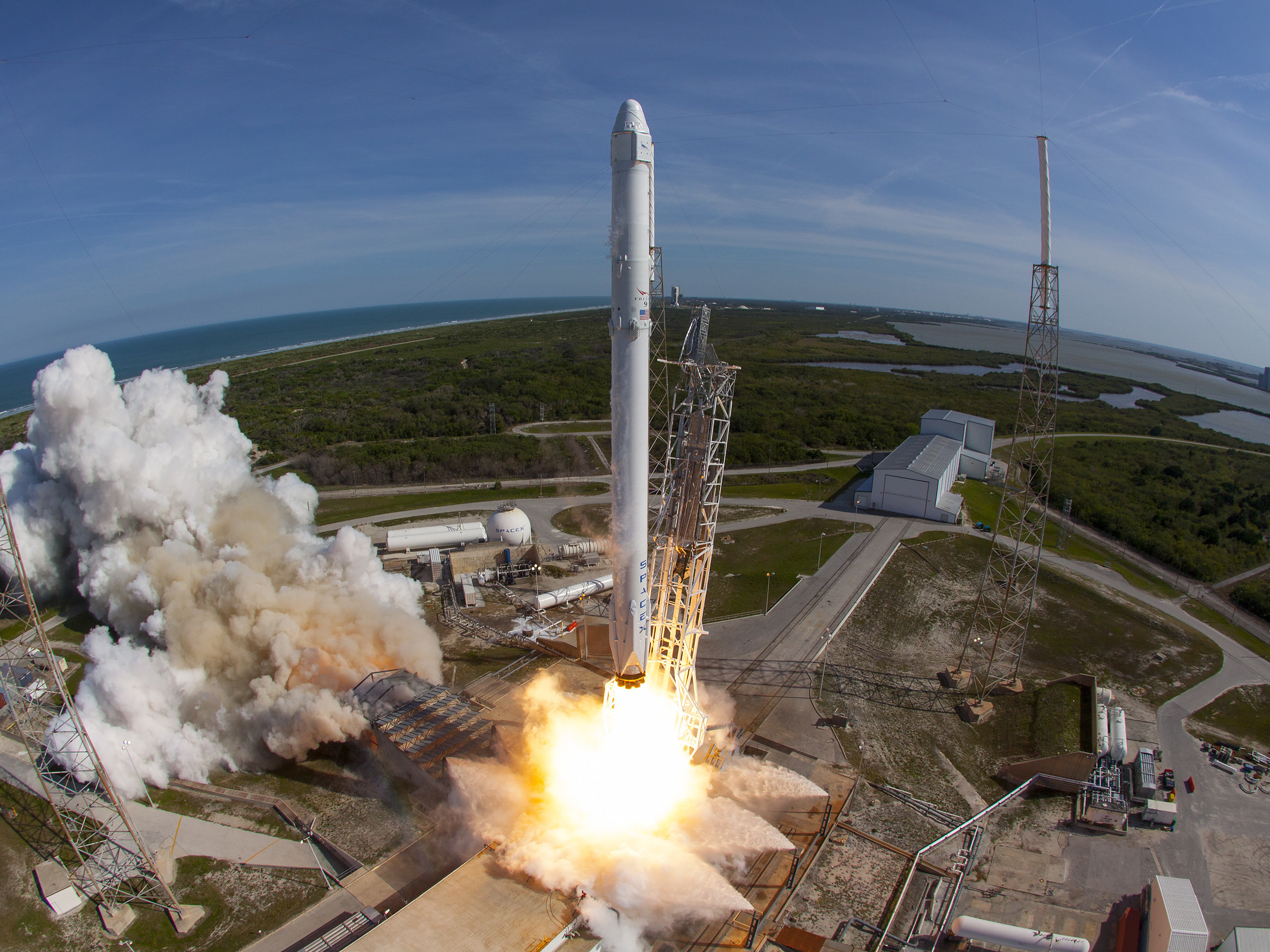 SpaceX makes history by re-using rocket