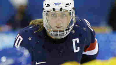 Wage Deal Averts Threatened Boycott By U.S. Women's Hockey Team