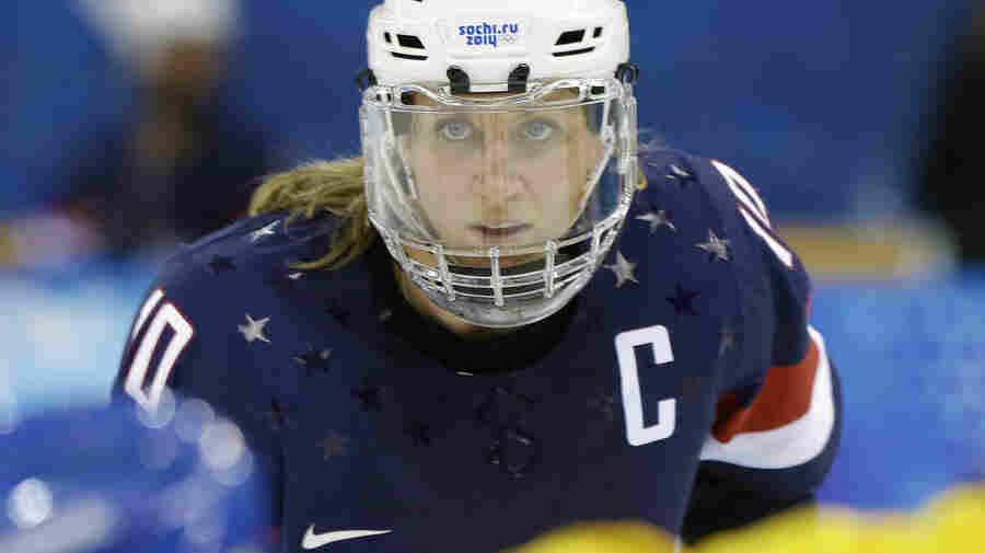 Wage Deal Averts Threatened Boycott By U.S. Women's Hockey Team