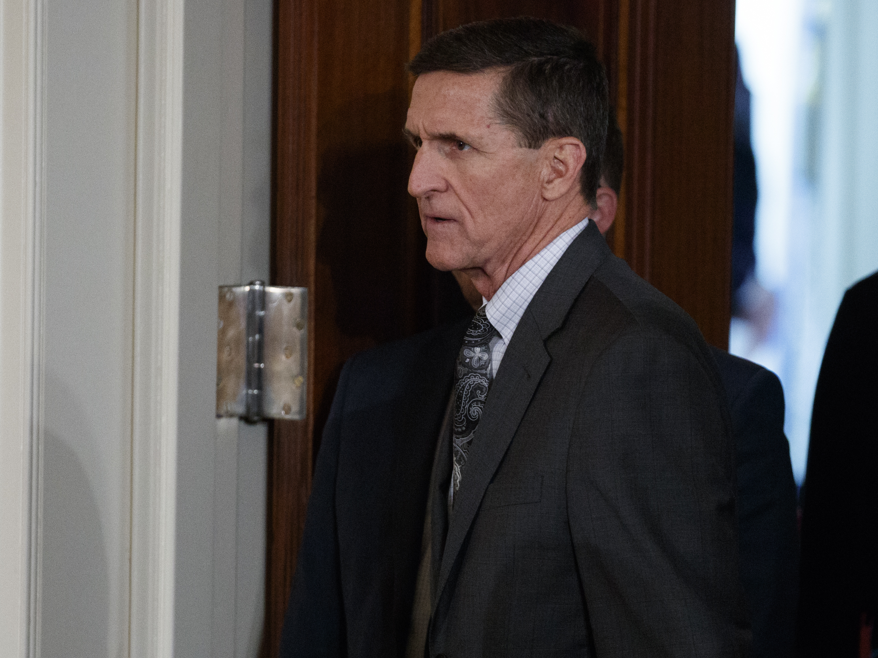 Flynn discussing immunity with intel committees