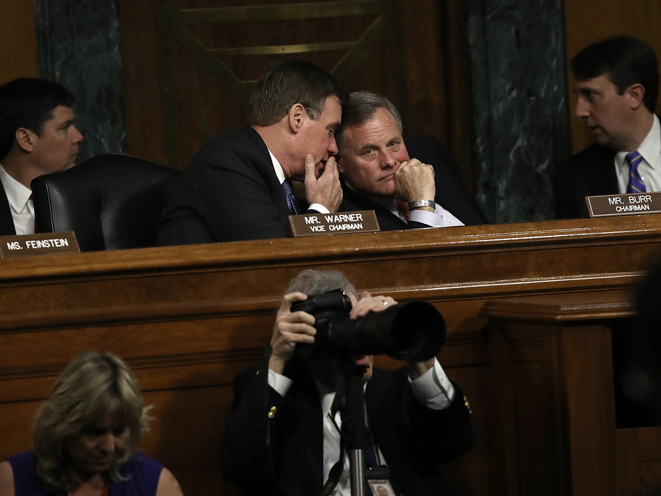 Senate Select Intelligence Committee Chairman Sen. Richard Burr, right, confers with ranking member Sen. Mark Warner, left, during a hearing of the Senate Select Intelligence Committee Thursday in Washington, D.C. (Win McNamee/Getty Images)