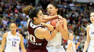 Mississippi State Drops Powerhouse UConn, Will Face South Carolina For Title