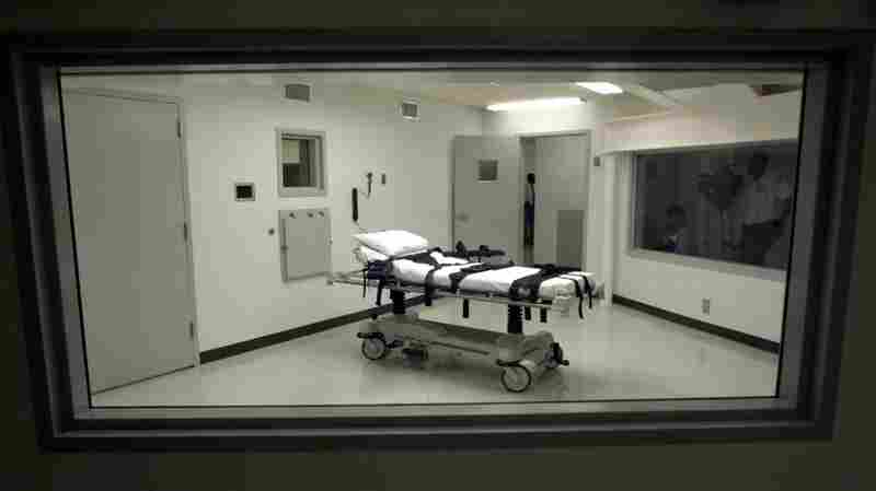Amnesty Says 2016 Saw Fewer Executions But More Death Sentences