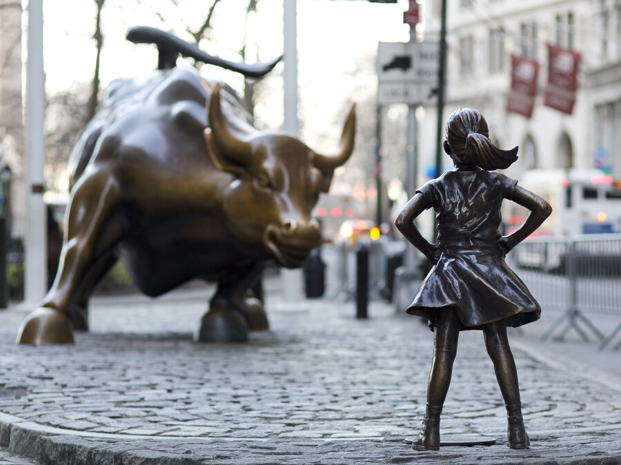 Wall Street Bull Art sculptor of wall street bull says 'fearless girl' horns in on his