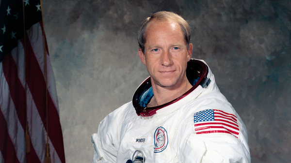 Astronaut Al Worden circled the moon during the Apollo 15 mission.