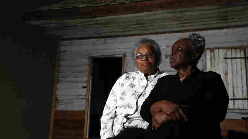 Woman Returns To Her Slave Cabin Childhood Home In The Smithsonian