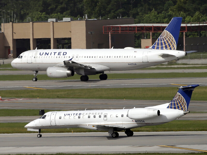 united airlines changes its policy on displacing customers the two