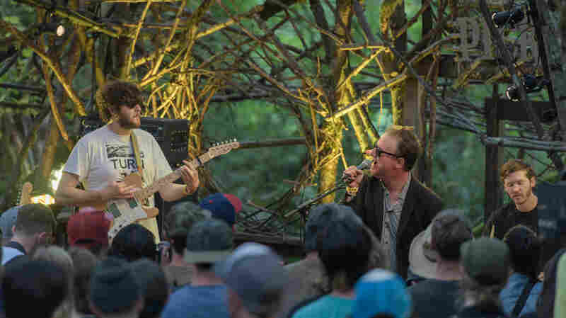 Watch Protomartyr Jolt The Crowd At Pickathon With 'Pontiac 87'