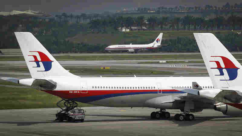Malaysia Airlines Says It Will Use Satellites To Track Its Fleet