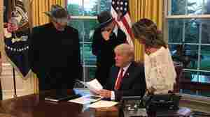 White House 'Boogie Chillin': Trump Hosts Ted Nugent, Kid Rock And Sarah Palin