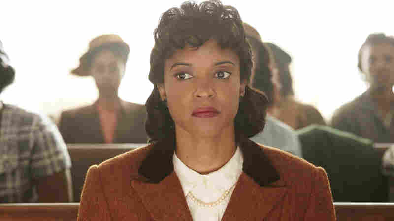 Renée Elise Goldsberry Hopes 'Henrietta Lacks' Movie Will Start Conversations