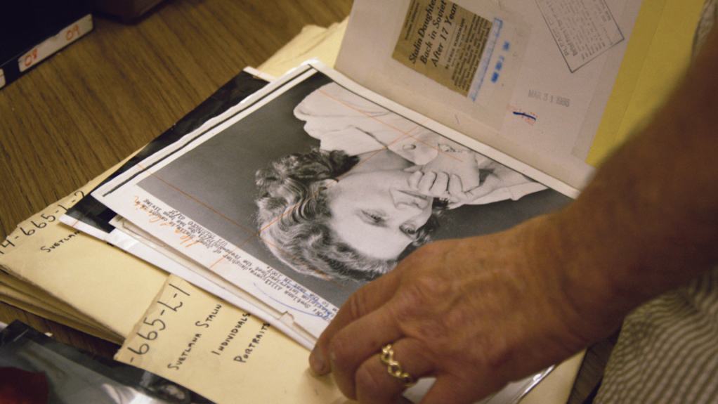 The Journalists Who Wring Life Out Of Death: 'Obit'