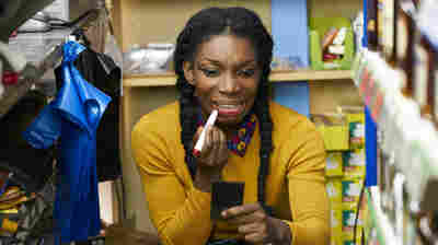 In 'Chewing Gum,' Tracey Is The Quirkiest And Freest Character On TV