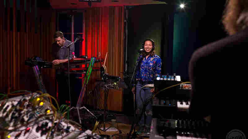 Watch Little Dragon Perform 'Sweet' Live In The Studio