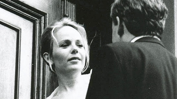 Dani Shapiro examines her long-time marriage in the memoir, Hourglass.