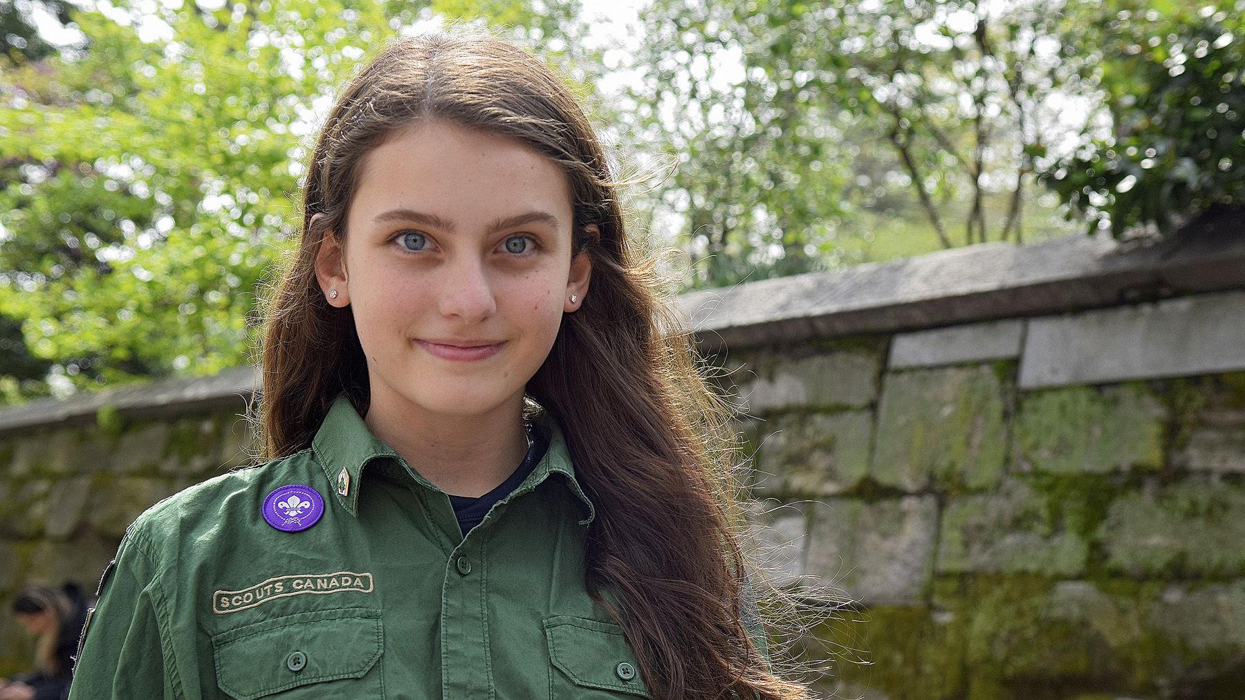 Teen girl scout