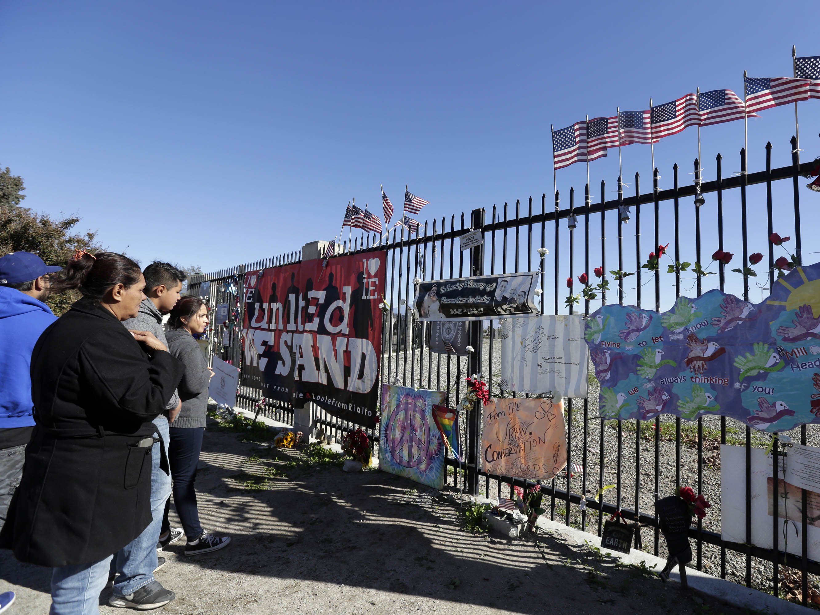 Google, Twitter, Facebook enabled deadly San Bernardino rampage, lawsuit alleges