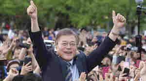 Leading South Korean Presidential Candidate Moon Aims To Negotiate With North
