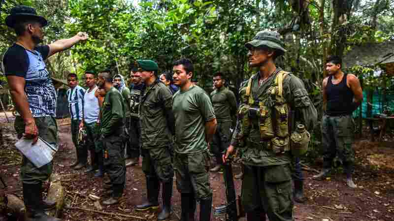 Dissident Rebels In Colombia Ignore Peace Treaty And Continue Extortion