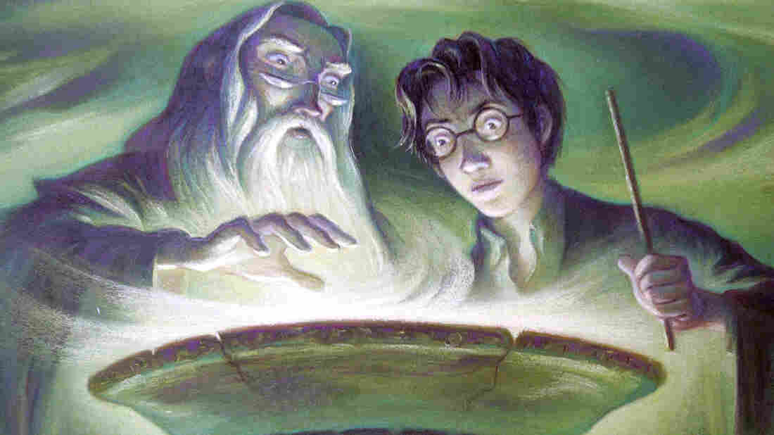 The cover artwork for Harry Potter and the Half-Blood Prince.