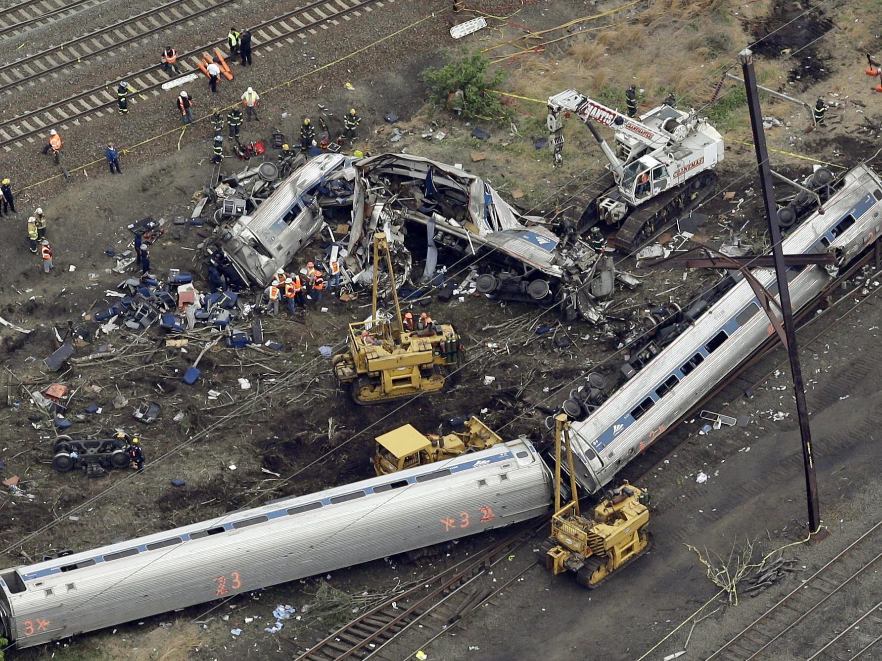 Speeding Amtrak engineer charged in deadly derailment