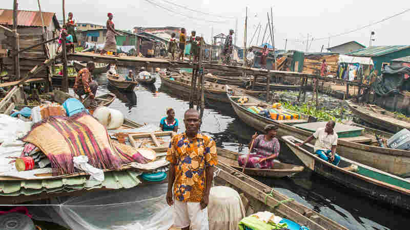 Slum Dwellers In Africa's Biggest Megacity Are Now Living In Canoes