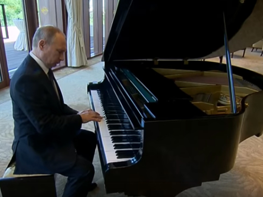 Putin Plays The Piano With Perhaps Unintentional Undertones The Two Way Npr