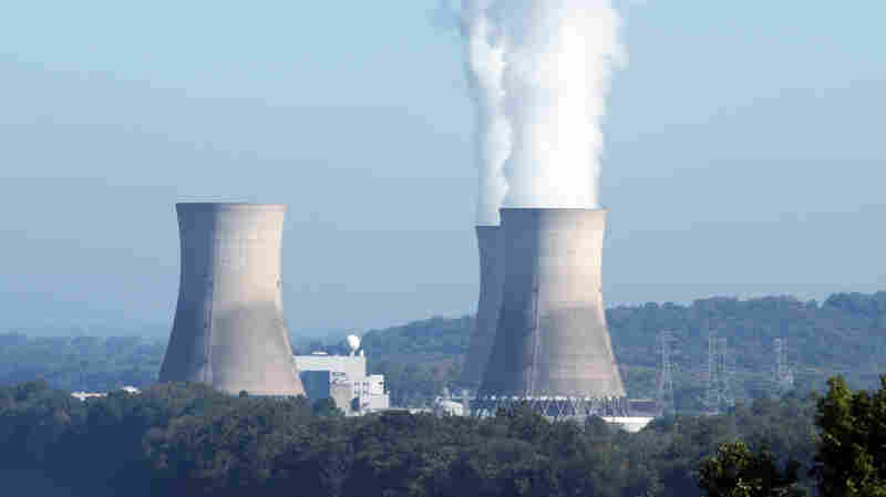 Struggling Nuclear Industry Lobbies State Governments For Help