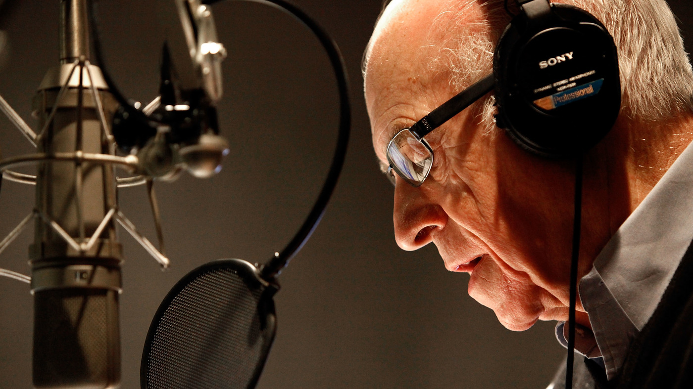NPR Newscaster Carl Kasell Dies At 84, After A Lifelong Career On-Air