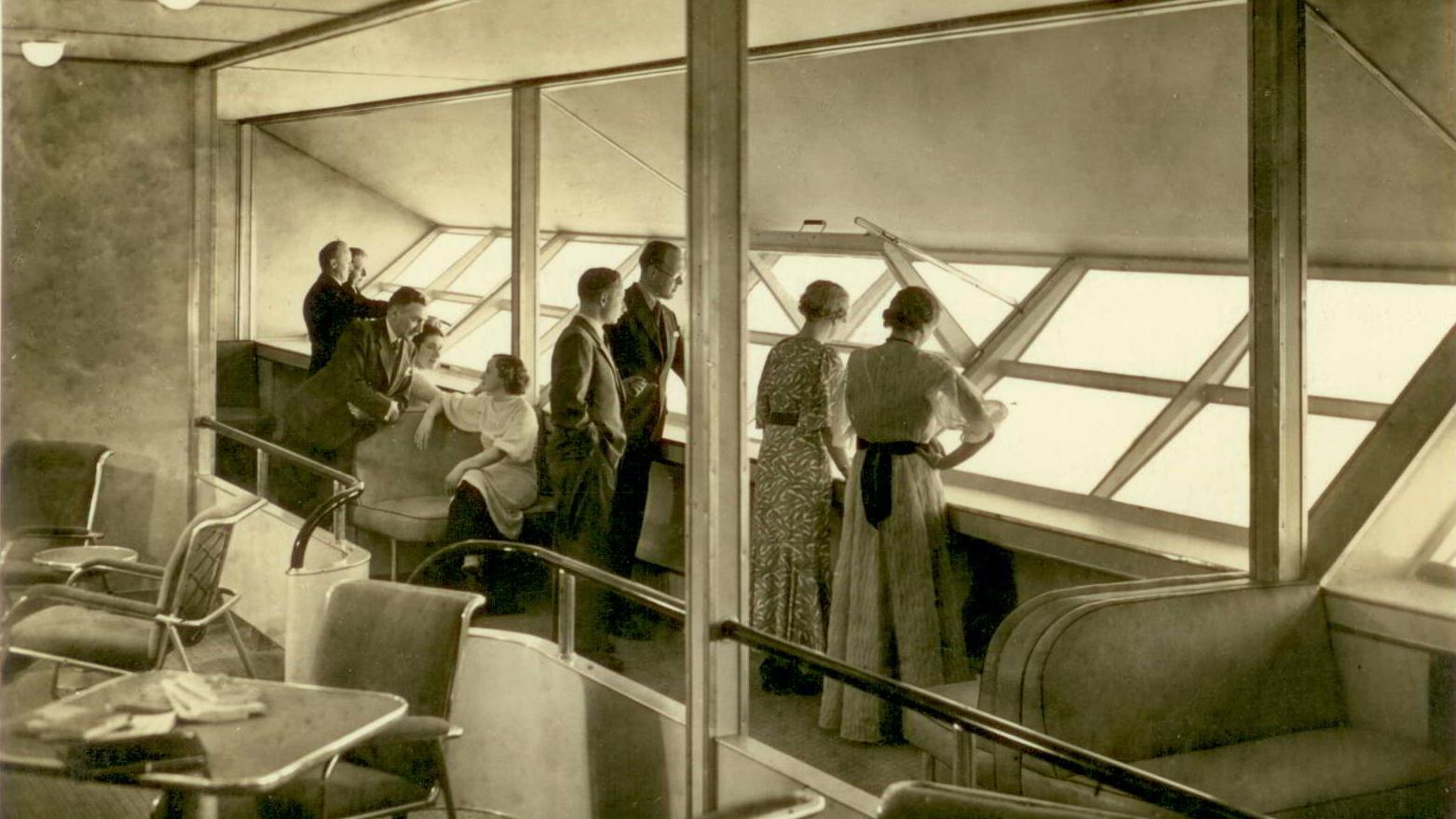 Hindenburg Smoking Room