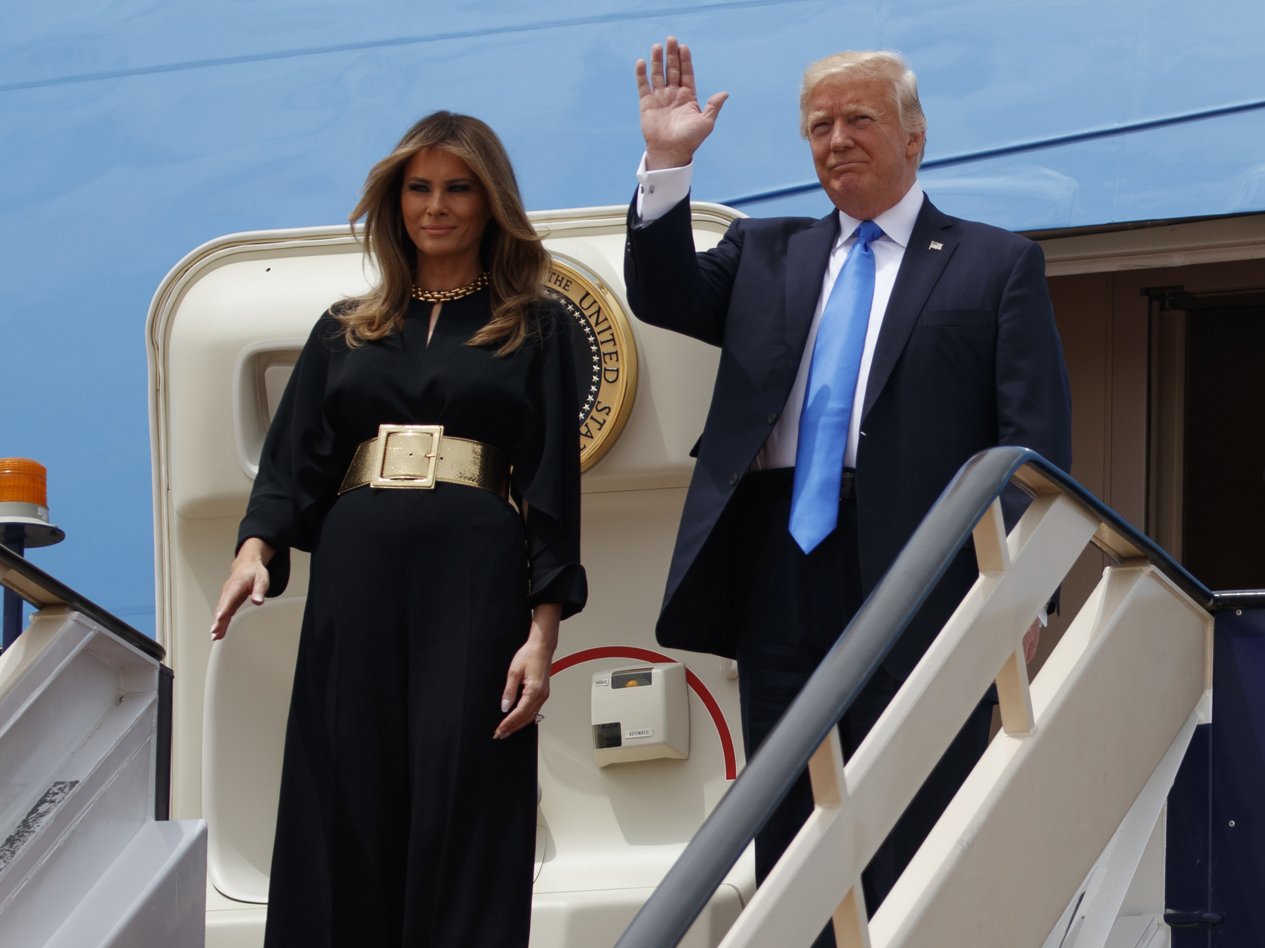 Why Did Melania Trump Cover Her Hair At The Vatican But Not In Saudi Arabia?