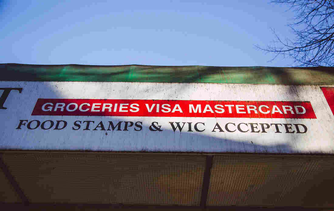Trump Wants Families On Food Stamps To Get Jobs. The Majority Already Work
