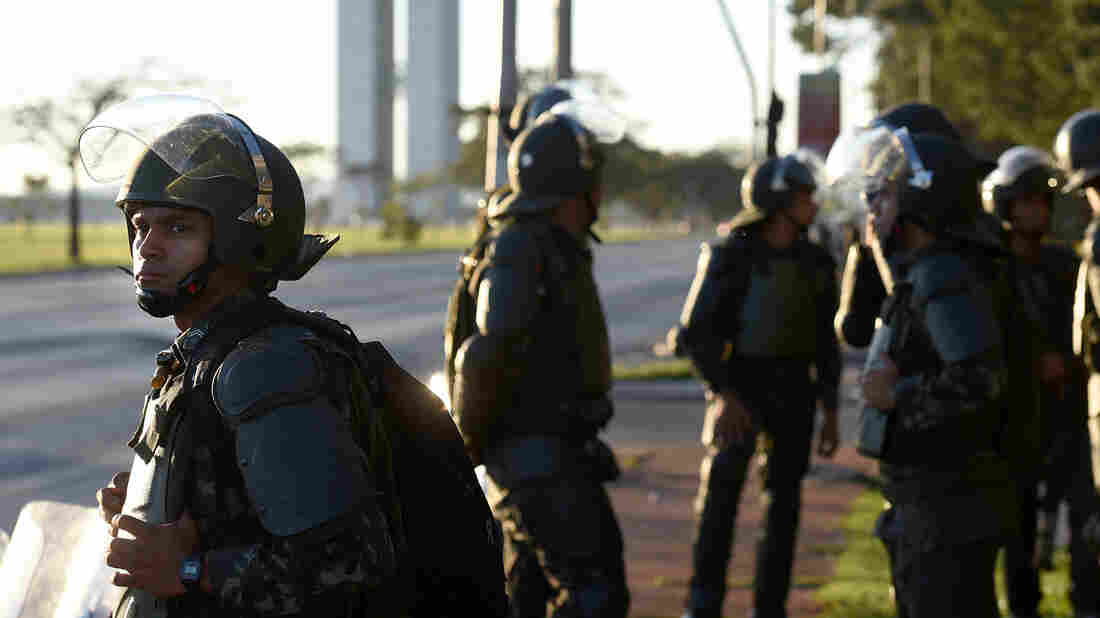 After Brief Deployment, Brazilian Troops Recalled From Streets Of Capital