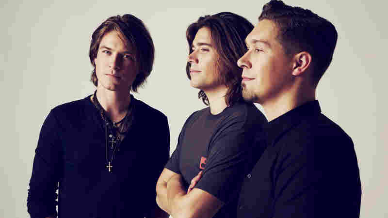 Hanson's Got A New Song, And Guess What? It's Fantastic