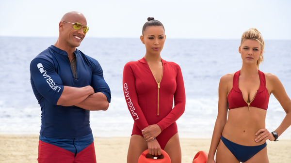 Dwayne Johnson, Ilfenesh Hadera and Kelly Rohrbach in the new guilty pleasure (until the story starts), Baywatch.