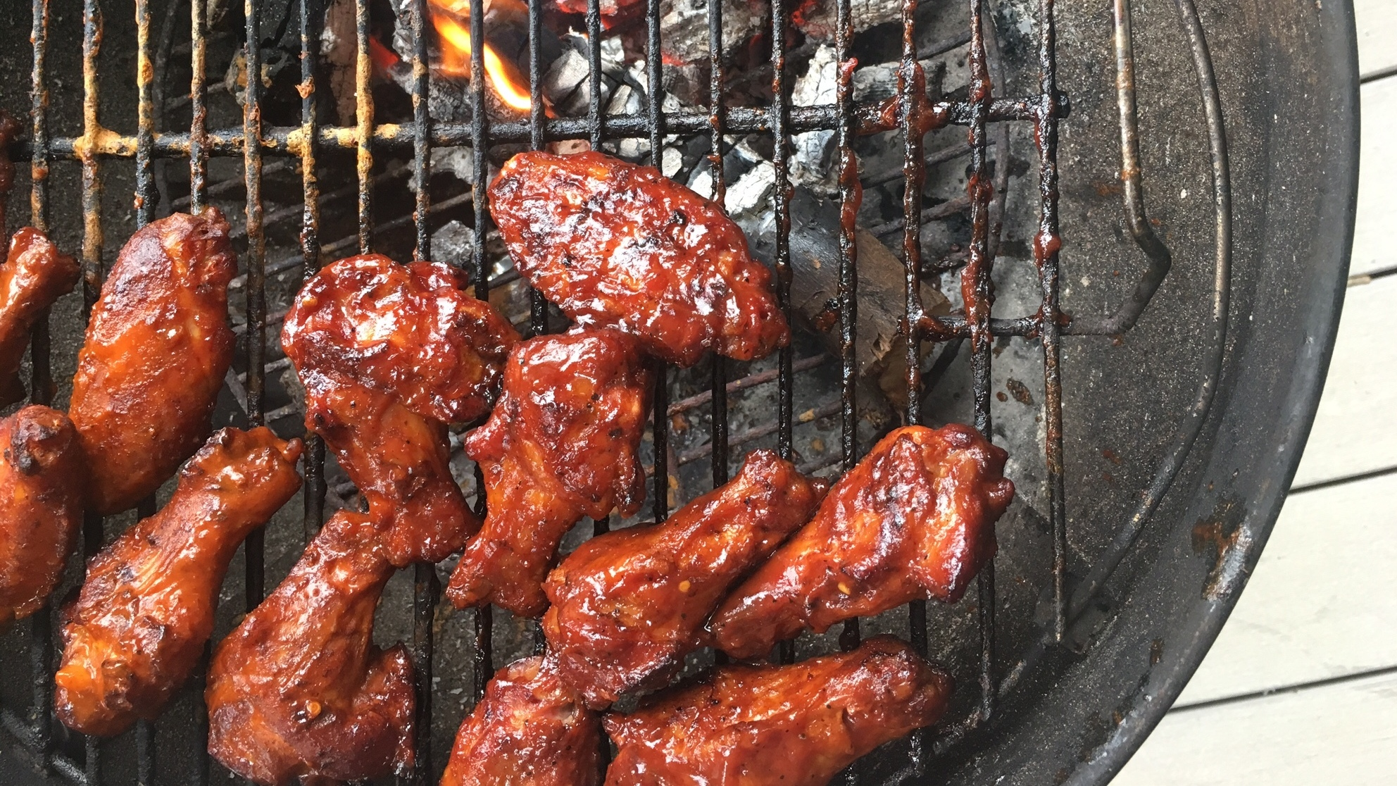 'Praise The Lard': A Barbecue Legend Shows Us How To Master Smoked Chicken Wings