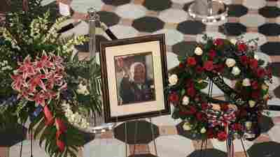 Military Mortuary Employee Allegedly Offered Peek At John Glenn's Remains