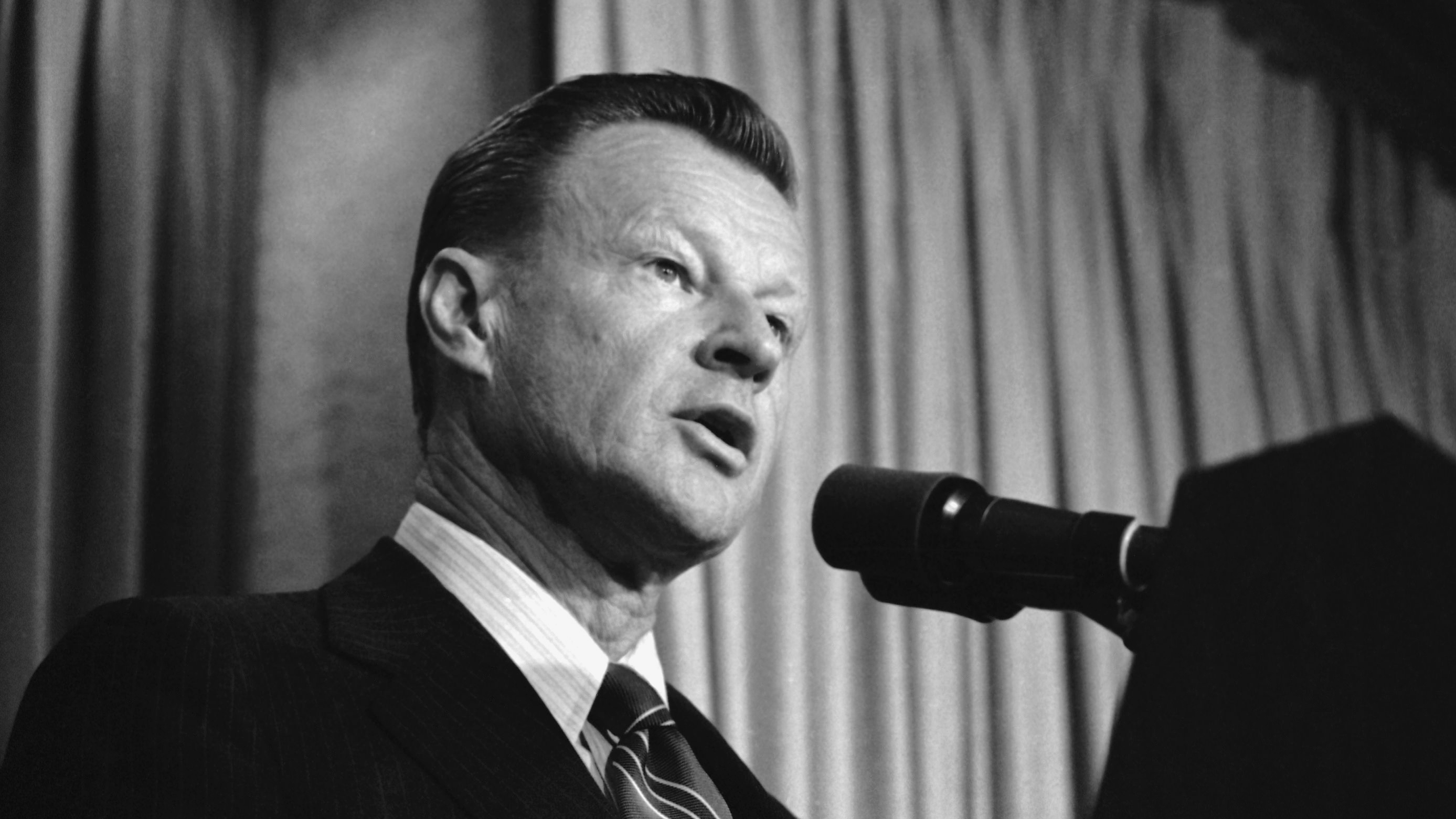 Zbigniew Brzezinski, President Carter's National Security Adviser, Dead at 89