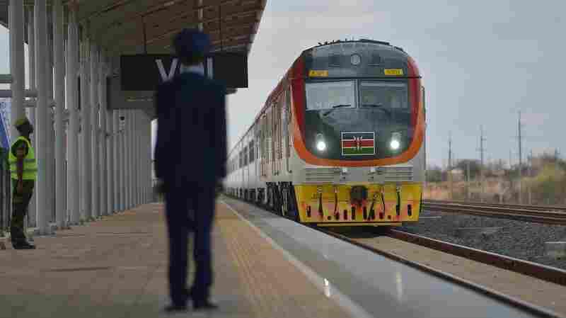 Kenyans Cheer Opening Of Mombasa-Nairobi Railway