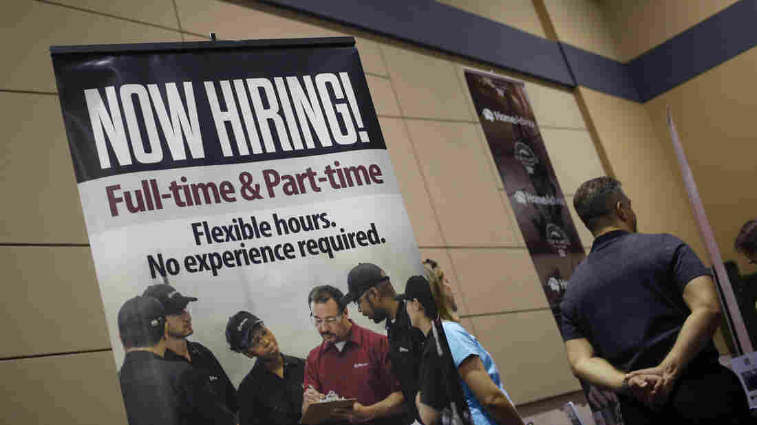 USA jobs growth slows to 138000 in May