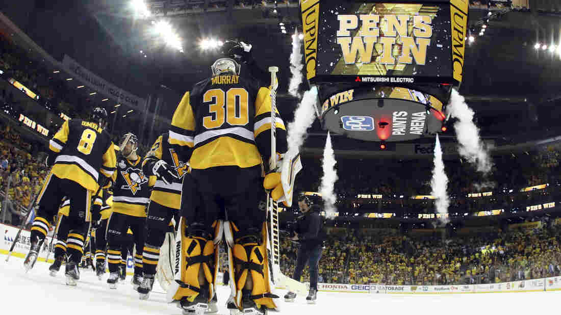 Blowouts more common than close games in Stanley Cup Final