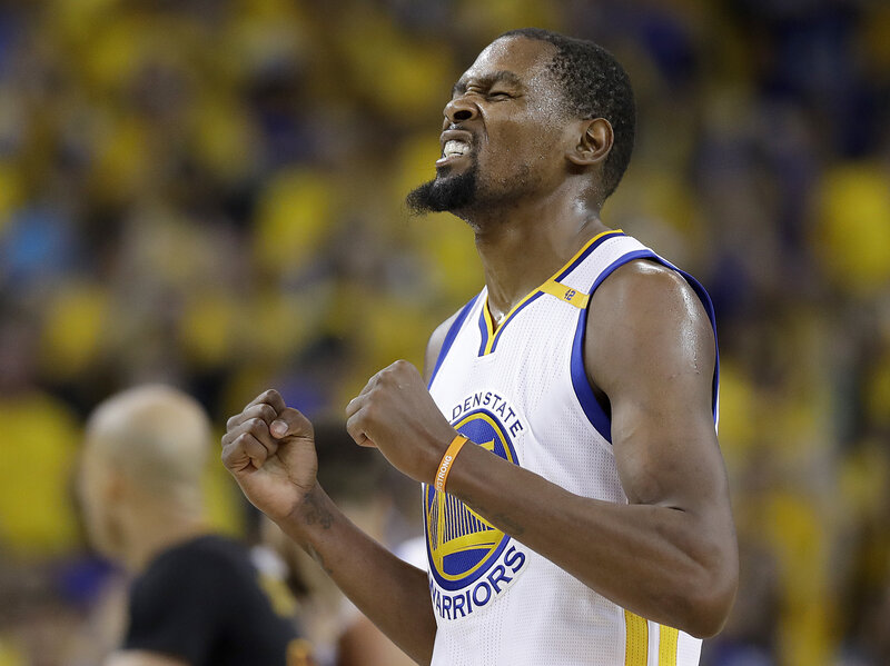 Golden State Takes 2nd Nba Title In 3 Years The Two Way Npr